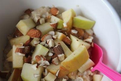 Havregrød med karamel, mandler og æbler 1