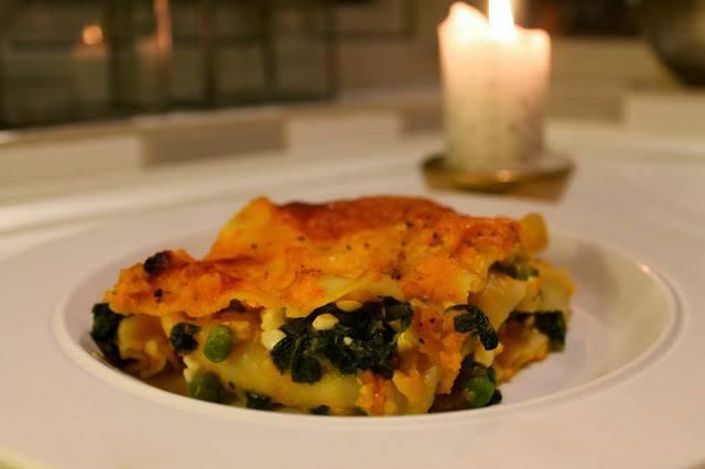 Hokkaido lasagne med spinat, ærter og ost