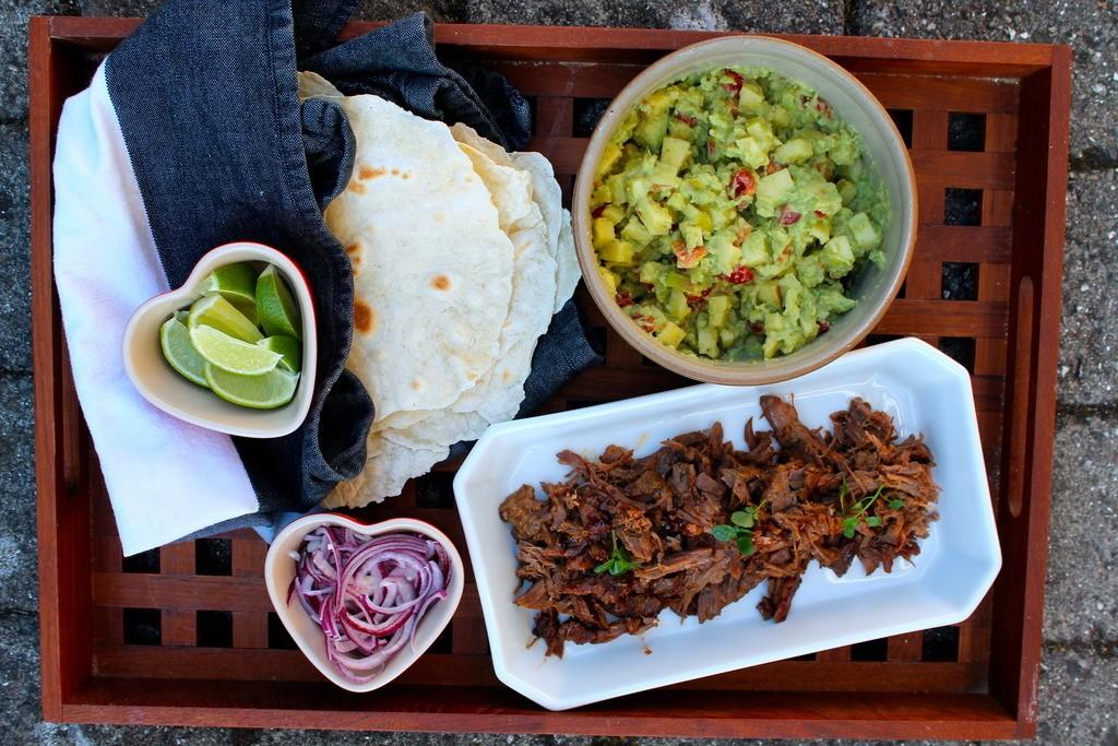 Hjemmelavede tacos med pulled beef og avocado-salsa photo IMG_5412_zpsvikq2fpn.jpg