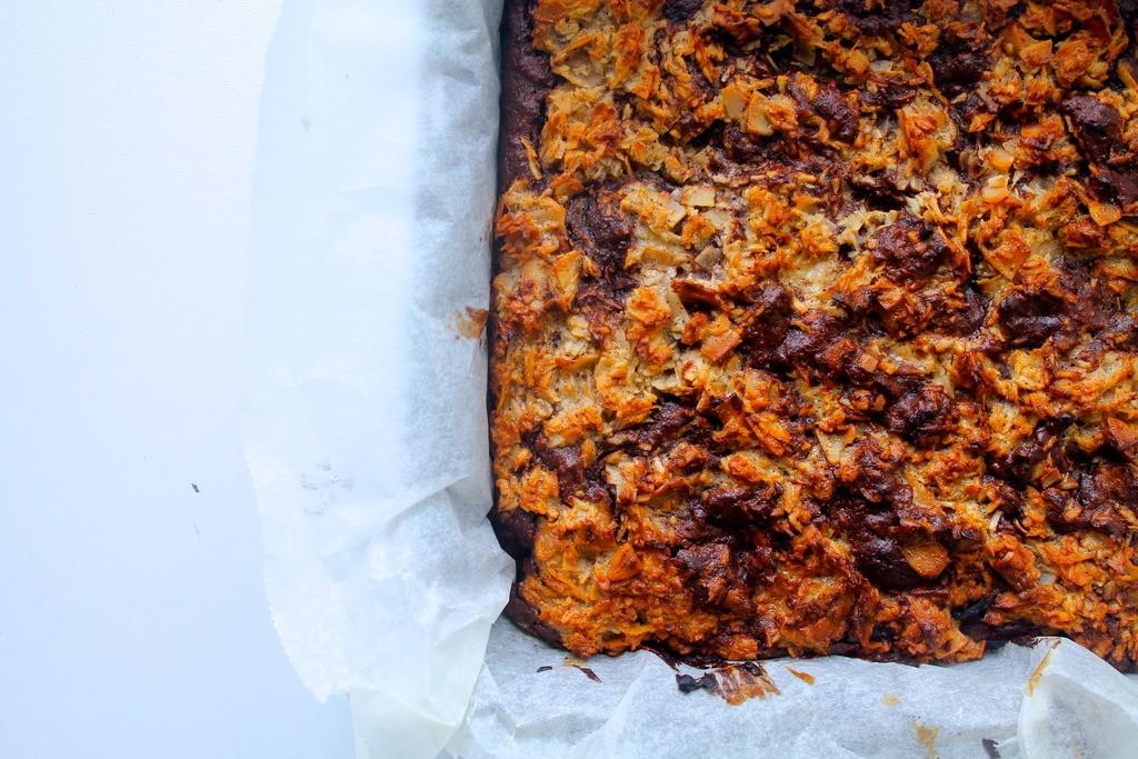 Dadel brownie med kokos swirl photo IMG_9681_zpstoc5fc2n.jpg