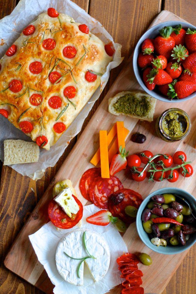 Nem tapas med hjemmelavet foccacia brød