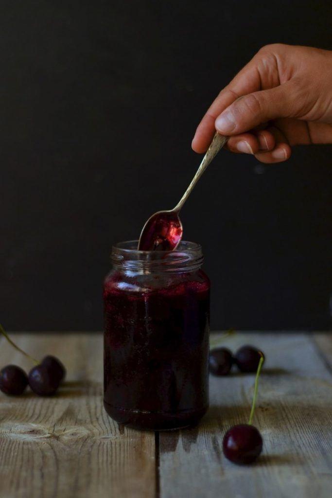 Kirsebærkompot med vanilje