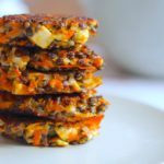 Vegetariske linsedeller med gulerødder og feta