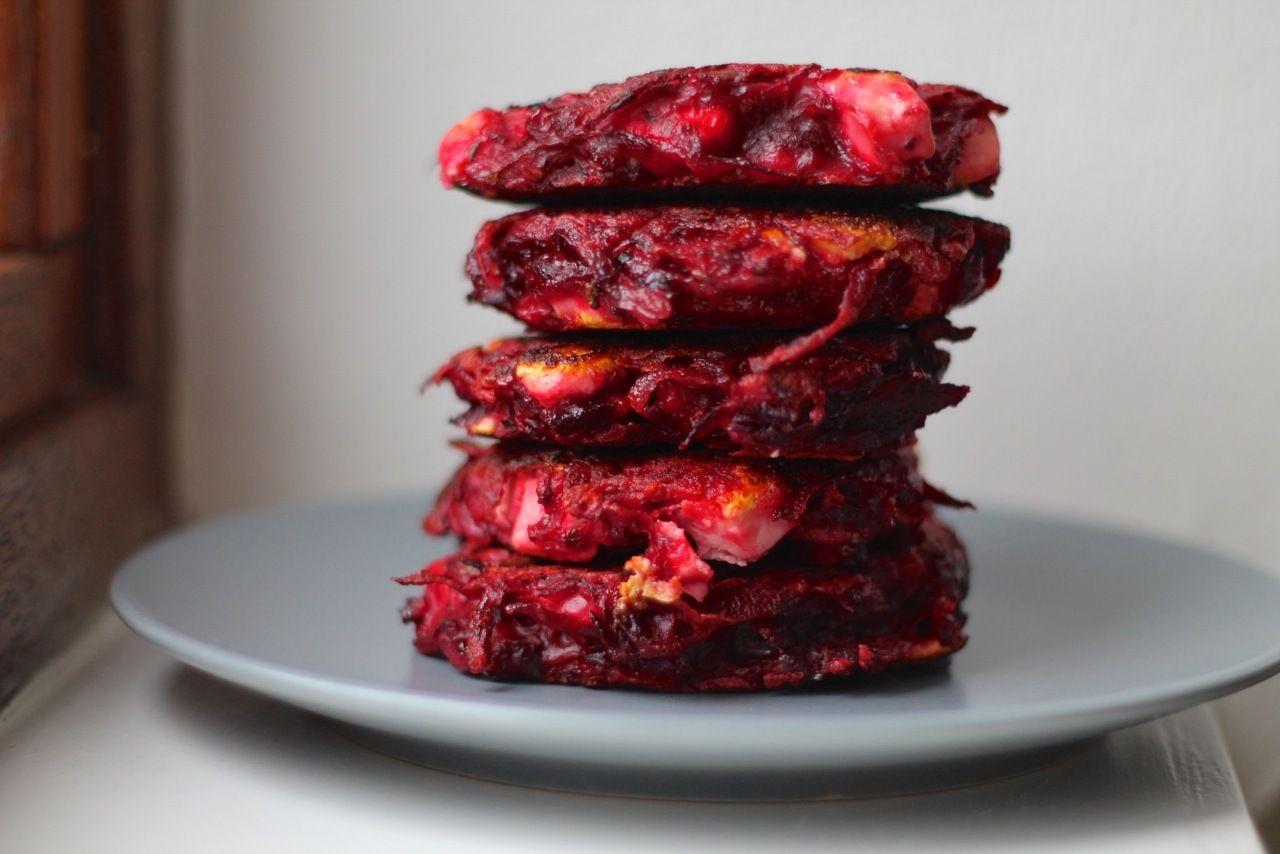Rødbedebøffer med feta
