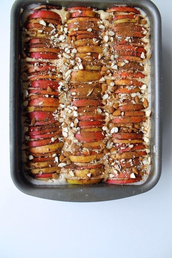 Æblekage med kanel og mandler 1