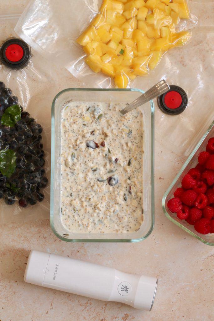 Køleskabsgrød / kold grød med toppings