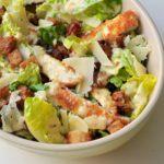 Cæsar salat med sprød kylling